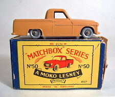 "MATCHBOX rw50a commer Pick-Up Marrone Ruote argentate in ""Moko"" BOX"