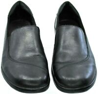 Clarks Loafers Women's 7 M Black Leather Slip On Career Comfort Flat Shoes 84634
