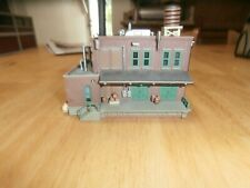 UNKNOWN MAKE  N-SCALE  ASSEMBLED  BUILDING-