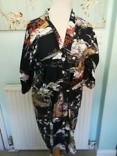 MADE IN JAPAN BLACK GEISHA GIRL AND FLORAL PATTERN KIMONO 46 INCH CHEST