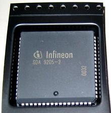1 Stück SDA9205-2 (SDA 9205-2) Triple 8-Bit Analog-to-Digital-Converter (M4666)