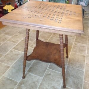 Antique Victorian Parlor / Game Table Chinese Checkers Spiral Legs 24×24×30