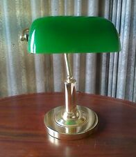 DESK LAMP WITH A GREEN LIGHT LENS