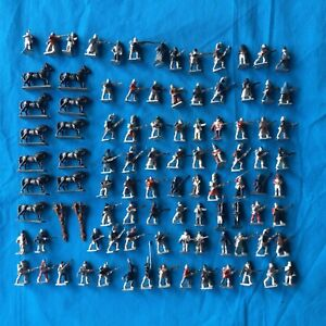Huge Collection of 25mm Napoleonic Lead Soldiers & Mounted Soldiers x 90
