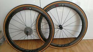 Zipp 303 Carbon Clincher Rennrad Laufradsatz Schwalbe Reifen Shimano