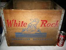 ANTIQUE COUNTRY USA WHITE ROCK FAIRY GAY PIXIE SODA BOTTLE WOOD ART BOX STAND NY
