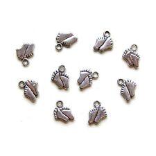 10 Breloques _ PIEDS Bébé argenté 11X9mm _ Perles charms création bijoux _ B032.
