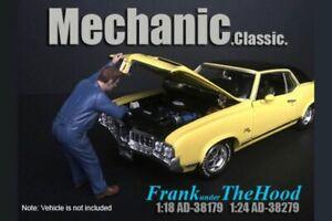 MECHANIC CLASSIC FRANK UNDER THE HOOD AMERICAN DIORAMA 1/24 scale DIECAST CAR