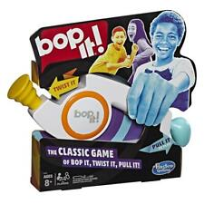 Hasbro Bop It - The Classic Game E6393