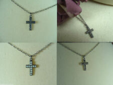 Modeschmuck-Halsketten & -Anhänger aus Metall-Legierung mit Kristall-Kreuz-Motiv