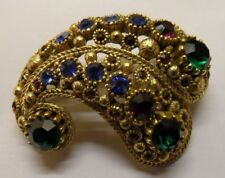 A VINTAGE  BROOCH GOLD PLATED SET WITH MULTI RHINESTONES SIGNED NINA RICCI PARIS