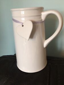 "-SWEETHEART CERAMIC WHITE JUG WITH ATTACHED CERAMIC HEART-7.5""-NEW"