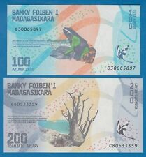 2 Notes, Madagascar 100 + 200 Ariary 2017 P 97 + 98 UNC Low Shipping! Combine!