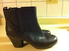 Woman Easy Spirit  Brown Leather Boot  3 inches size 8.5