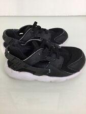Authentic Infant Boys Nike Huarache Black Trainers. Size 8.5UK. Ex Condition