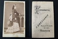 Bressanin, femme de Venise CDV vintage albumen print Tirage albuminé  6,5x10