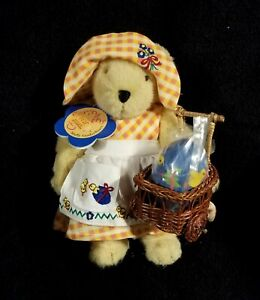 Vintage 1997 Muffy Vanderbear Spring Chickens Easter Bear - NWT
