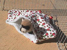 Ferret Sherpa Lined Corner Cubby - Red Roses