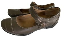 Taos Brown Leather Slip-on Mary Jane Pumps Women's 7.5 (38)--excellent!