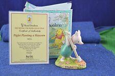 """Lovely Royal Doulton """"porcelet planter un haycorn"""" figurine WP26 USC RD7565"""