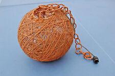 """ancienne suspension boule en rotin et """" ficelle durcit """" orange - vintage"""