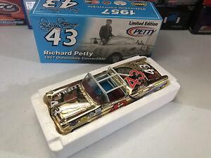 Richard Petty #43 1957 Oldsmobile Convertible Gold Chrome 1/24 RC2 1 of 72 Rare!
