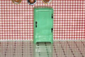 vintage  Renwal dollhouse jadite green opening fridge
