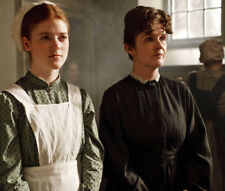 Downton Abbey UNSIGNED photograph - L6664 - Rose Leslie and Siobhan Finneran
