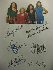 Hot in Cleveland Signed Script x6 Betty White Valerie Bertinelli Jane Leeves rpt