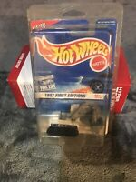 HOT WHEELS 1997 FIRST EDITIONS EX-1 EXCAVATOR NEW NOC WITH PROTECTOR PAK