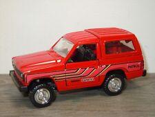 Nissan Patrol Safari 4WD - Diapet Yonezawa Toys Japan 1:40 *34472