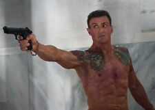 Sylvester Stallone UNSIGNED photo - P2800 - Bullett to the Head