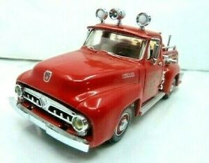 Matchbox Collectibles MOY Garden City 1953 Ford Fire Truck Diecast Car Pre-Owned