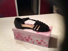 Top Moda Cycle 1Sandal Women's Size 6 Color Black cushion walk pad ankle strap
