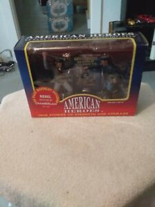 American Heroes  Figures  With 24 Page Illustrated  Booklet Included  Sealed