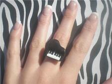 FUNKY CUTE KITSCH KAWAII BABY GRAND PIANO RING