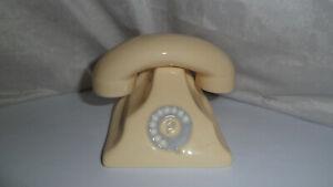cream telephone as salt and pepper pots