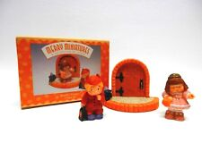 Hallmark Merry Miniatures, Bashful Visitors, 3 pc. set, Personalities 1997