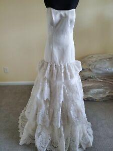 Lace bridal gown Size 10