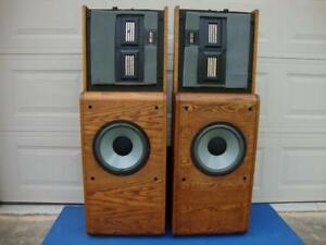 Awesome Infinity Reference Standard 2.5 Floor Speakers (RS-2.5) - Reconditioned!