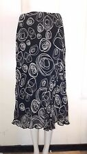 Gorgeous Black & Cream Fully Lined Flared Skirt from Berkertex - Size 12 - FAB!