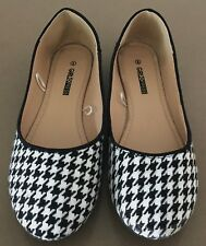 Pre-owned GIRL XPRESS Black & White Houndstooth Fabric Flats Size 6