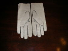 New listing Women's Vintage White Deers Skin Gloves - Sz 7 1/2