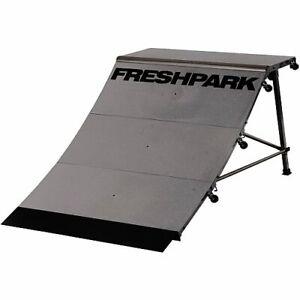 New FreshPark Professional BMX and Skateboarding Quarter Pipe with main platform