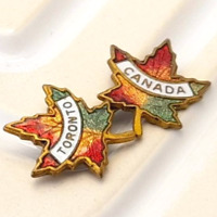Maple Leaf English Pewter LAPEL PIN Badge Canada Canadian Present GIFT BOX