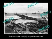 OLD POSTCARD SIZE PHOTO OF COFFS HARBOUR NSW LANDING LOGGS AT THE JETTY 1920