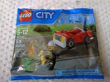 NEW Lego City FIRE CAR, FIREMAN Minifigure 30347 Polybag & ticket to legoland
