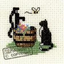 Mouseloft Mini Cross Stitch Kit - Cat at Waterpump, Stitchlets Collection