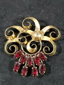VINTAGE GOLD FILLED BROOCH WITH RED RUBY STONES AS PICTURED