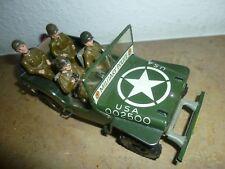 Arnold Jeep mit 4 Soldaten, passend zu 7,5cm Figuren neuwertig -TOP-